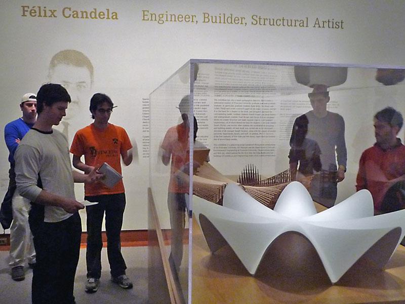 Candela-students2
